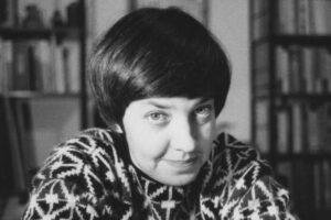 María Elena Walsh, canto lúcido