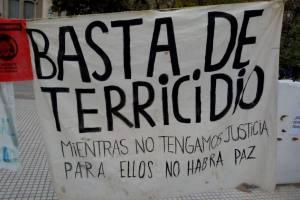 Y la tierra lloró / por: Lucía Isabel Briones Costa