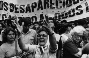 Luego del estado de bienestar / por: Lucía Isabel Briones Costa