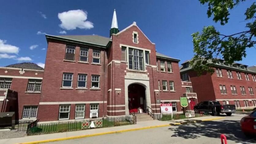Canadá: escuelas católicas quemaron libros de Tintín, Asterix y Disney